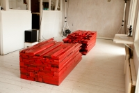 point of red / 9 -