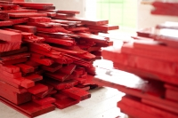 point of red / 5 -